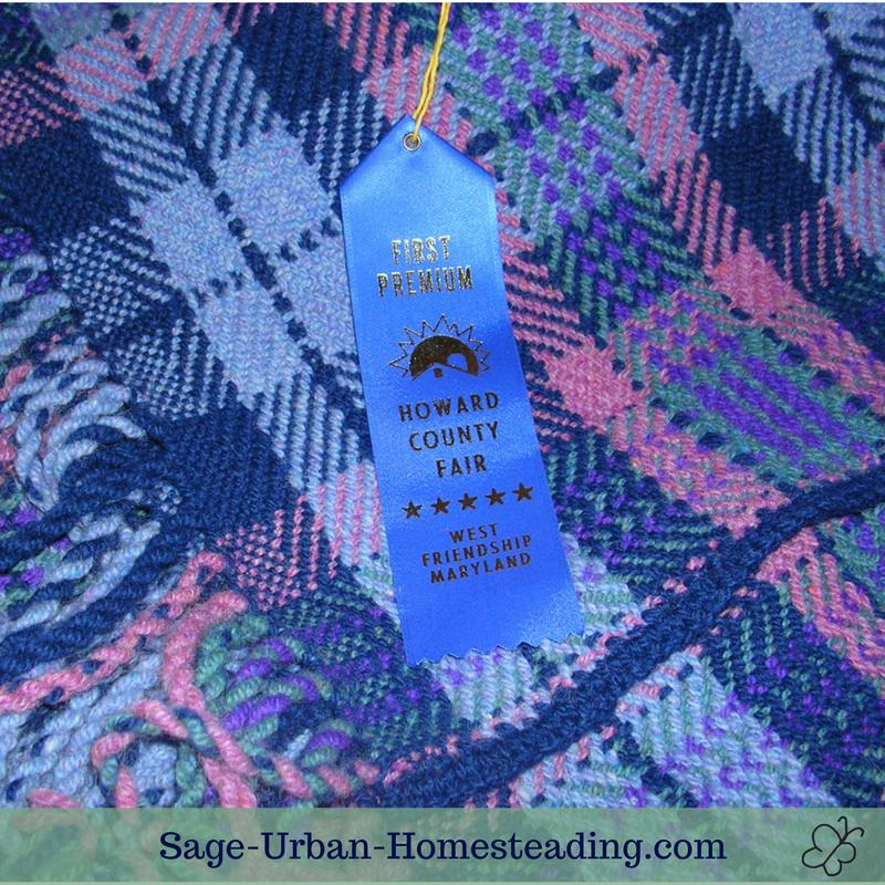 woven wool blanket and first place ribbon